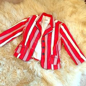 Vintage Style Cropped Blazer!